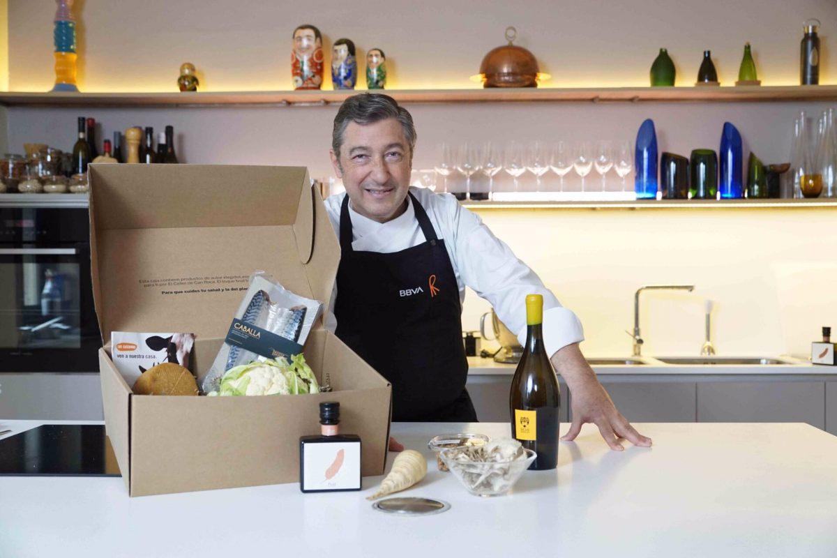 28/08/2020 Joan Roca con la cesta de 'Gastronomía sostenible'ECONOMIABBVA